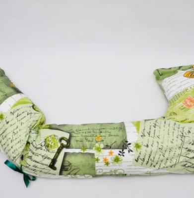 Pernă gravidă și alăptare bastonaș verde, cu scrisori